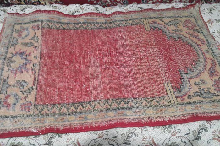 antika seccade 100 yıllık kırmızı el dokuma